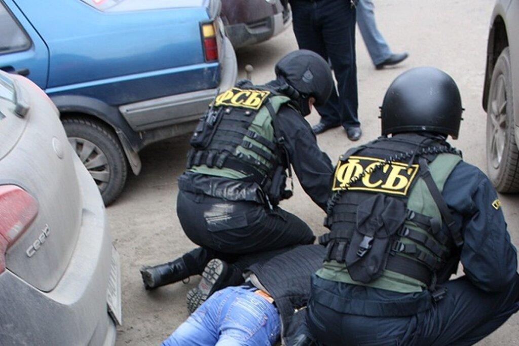 Представлявшийся ФСБ-шником уроженец Еревана задержан за мошенничество в особо крупных размерах