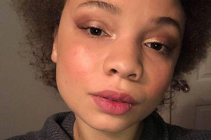 Ставшую порноактрисой дочь Спилберга задержала полиция