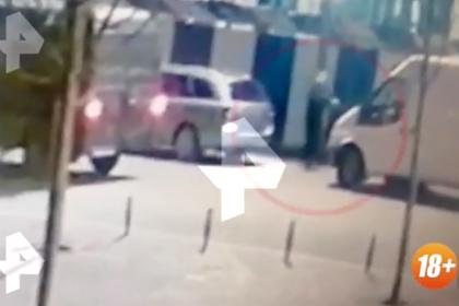 Расстрел российской семьи на рынке попал на видео