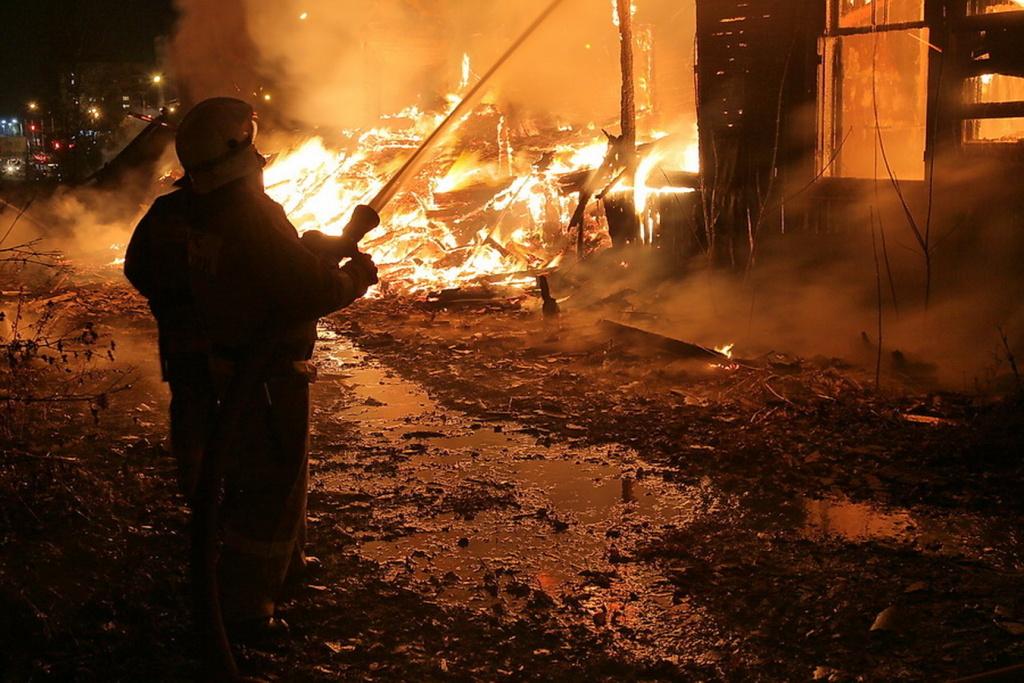 О пожарных (тогда ещё не было МЧС), два рассказа от реальных участников событий