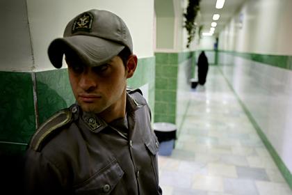 Иран освободил 85 тысяч заключенных из тюрем для борьбы с коронавирусом