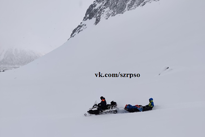 Российский турист погиб из-за схода лавины в горах
