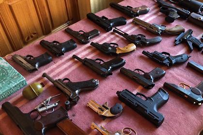 Сотрудники ФСБ накрыли десять подпольных мастерских по переделке оружия