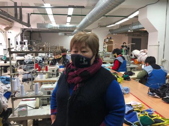 В Бурятии начали шить многоразовые медицинские маски.
