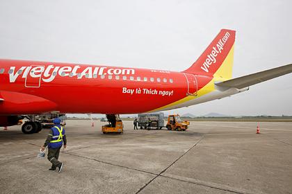 Авиакомпания пообещала награду за поимку больных коронавирусом пассажиров