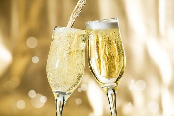Шампанское на новый год