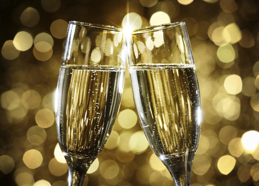 В России рухнули продажи шампанского - Жиленко Мария, 27 декабря 2020