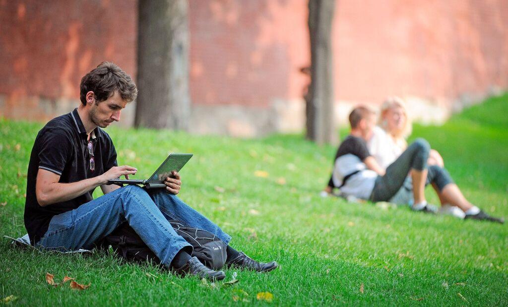 Что теперь категорически нельзя писать в интернете - подробно разбираем новый закон