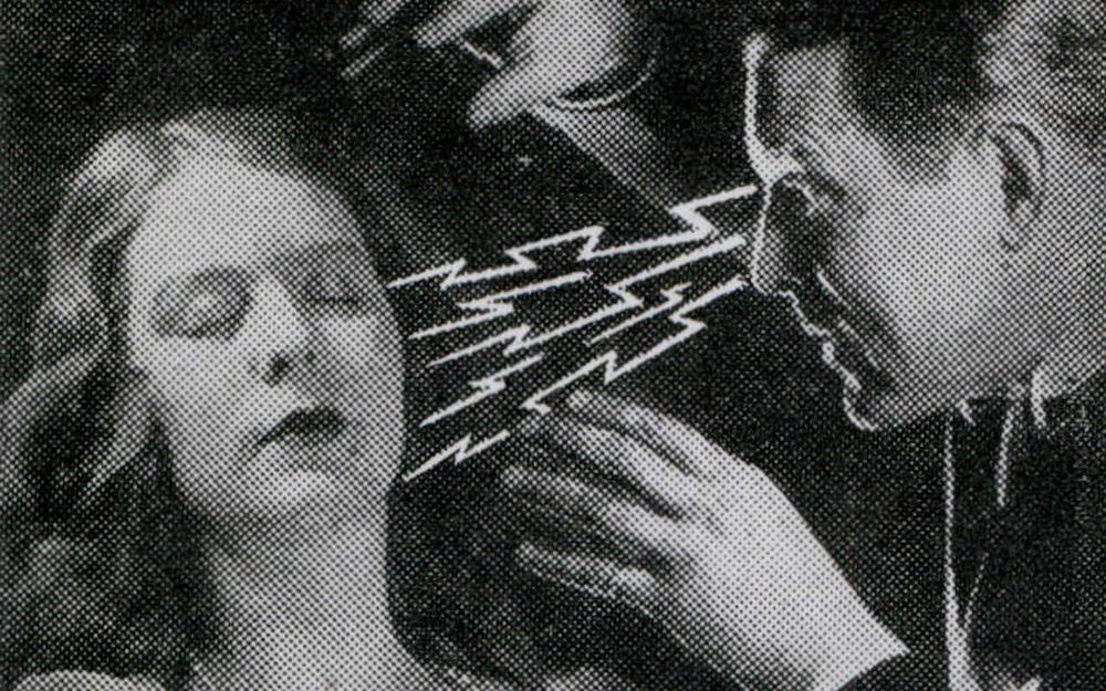 Почему гипноз как нетрадиционный метод доказывания в России не популярен?  Как это исправить. | Сенькова Кристина Витальевна, 12 мая 2021